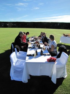 Ballooning Canterbury_guests dining