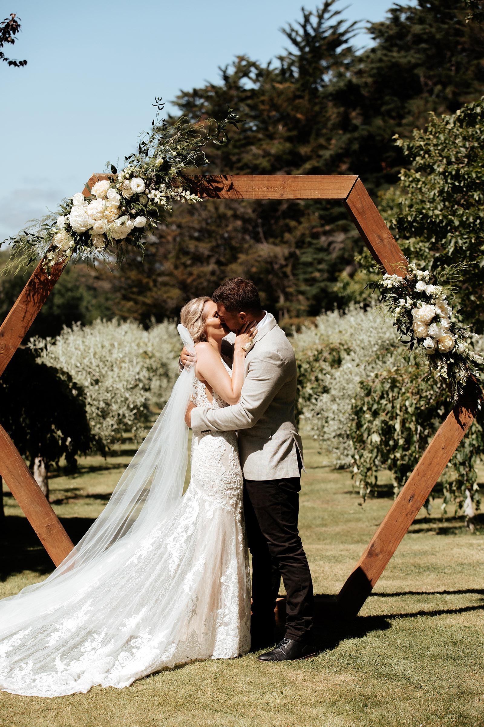 Alex and Kate wedding at Tipapa Estate
